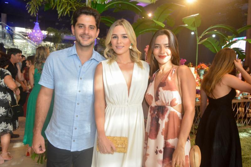 Erico Almeida, Tassia Ferreira e Lara Romcy