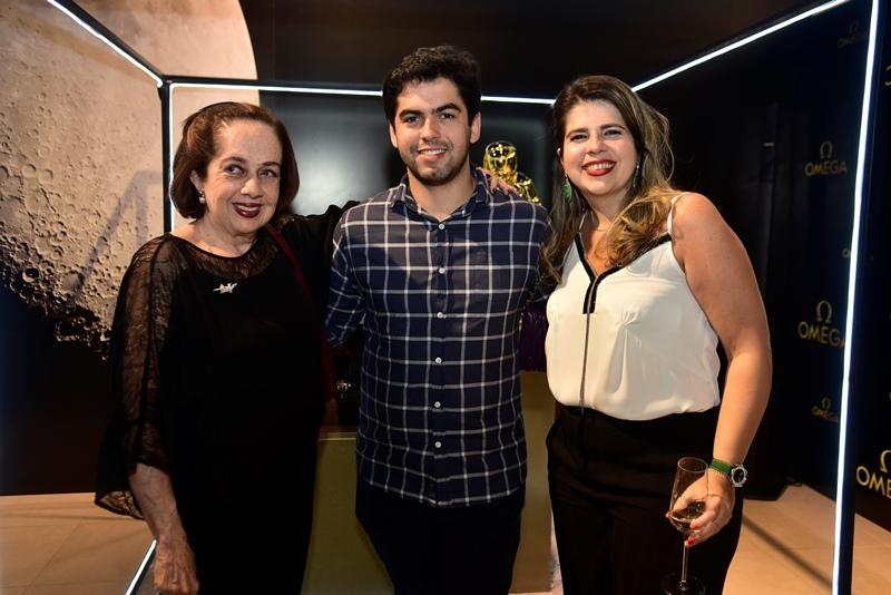 Tania Leitao, Joao Victor, Daniela Leitao