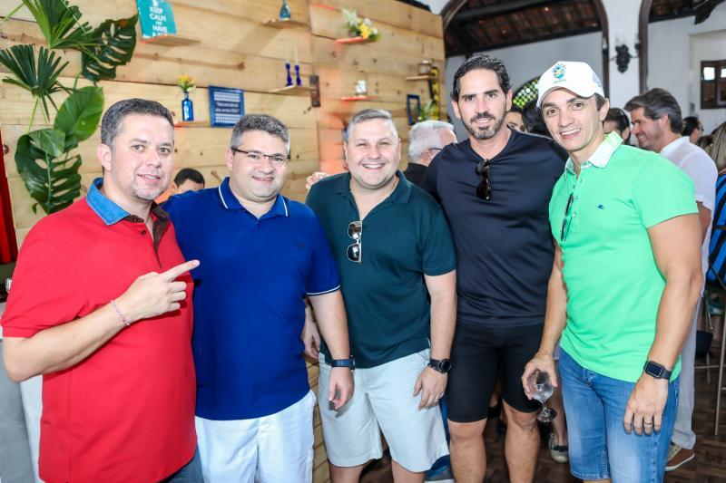 Rafael Loureiro, Mario Queiros, Henrique Amorin, Reimilson Cruz e Marcelo Marfrutas