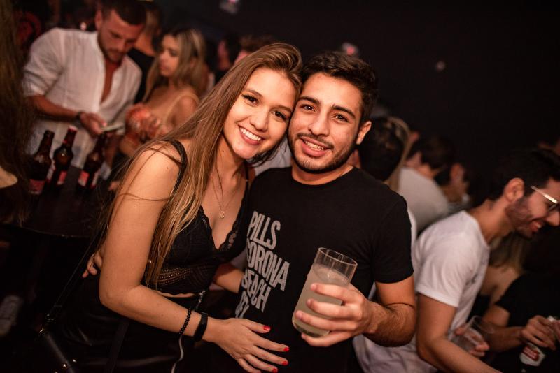 Sara Duarte e Arthu Menezes