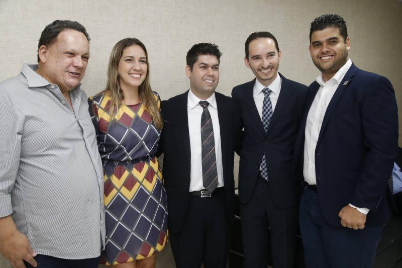 Lailtinho Brega, Larissa Gaspar, Mauro Benevides Neto, Pedro Henrique e Davi Benevides