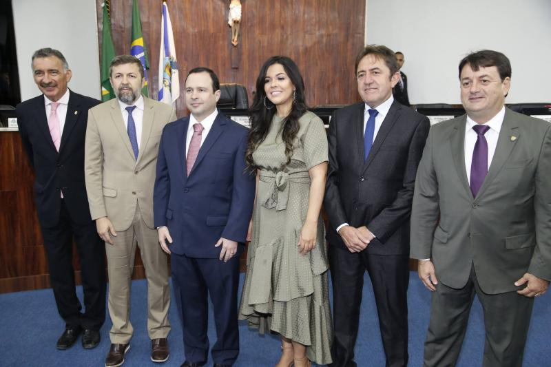 Artur Bruno, Elcio Batista, Igor Barroso, Priscila Costa, Adail Junior e Benigno Junior