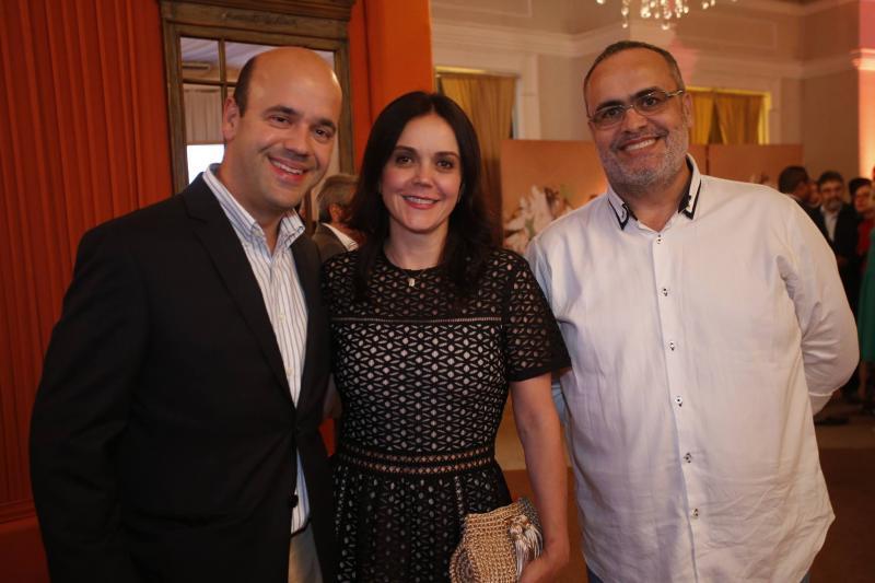 Henrique e Veridiana Soarez e Joao Lopes