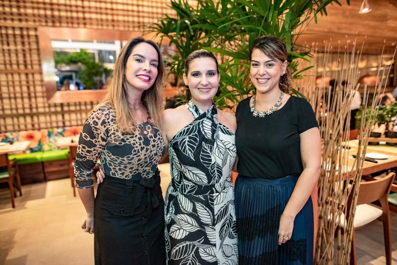 Ana Paula Jacome, Fatima Barroso e Juliana de Fatima