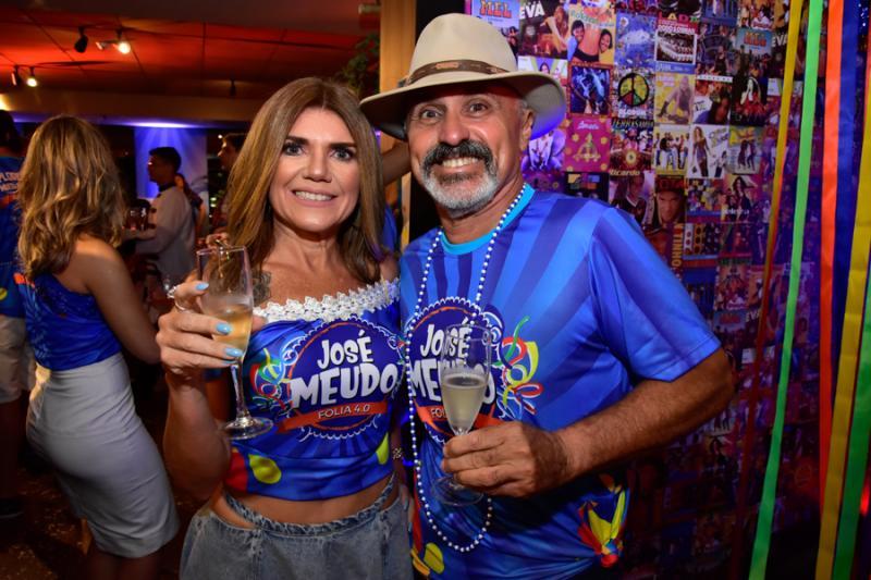 Mirela Costa e Roberto Pereira