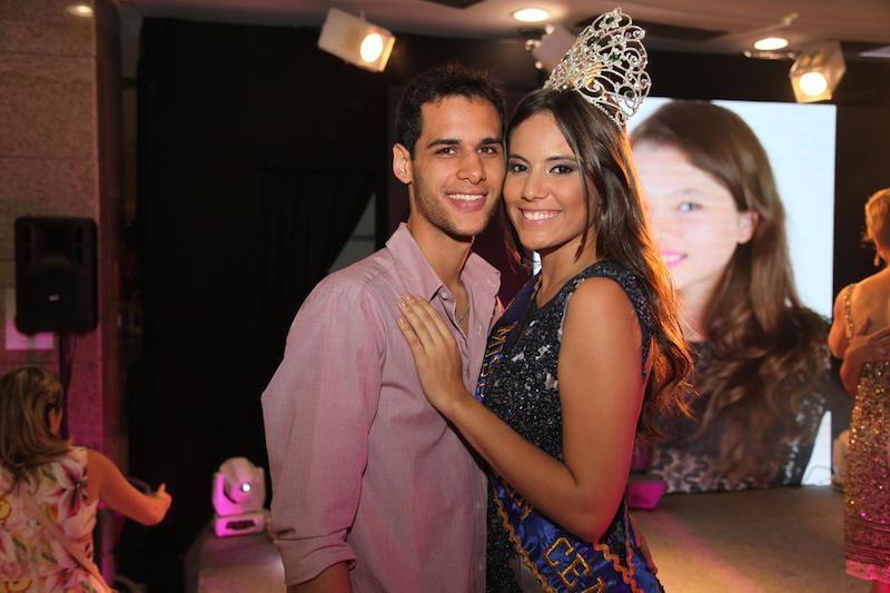 Adail Junior e Isabel Monteiro
