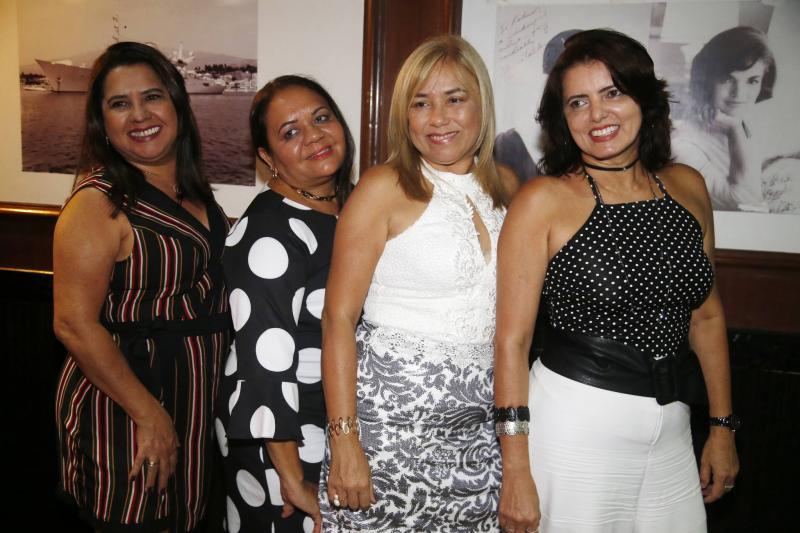 Gloria Oliveira, Marinete Teixeira, Clara Medeiros e Claudia Gurgel