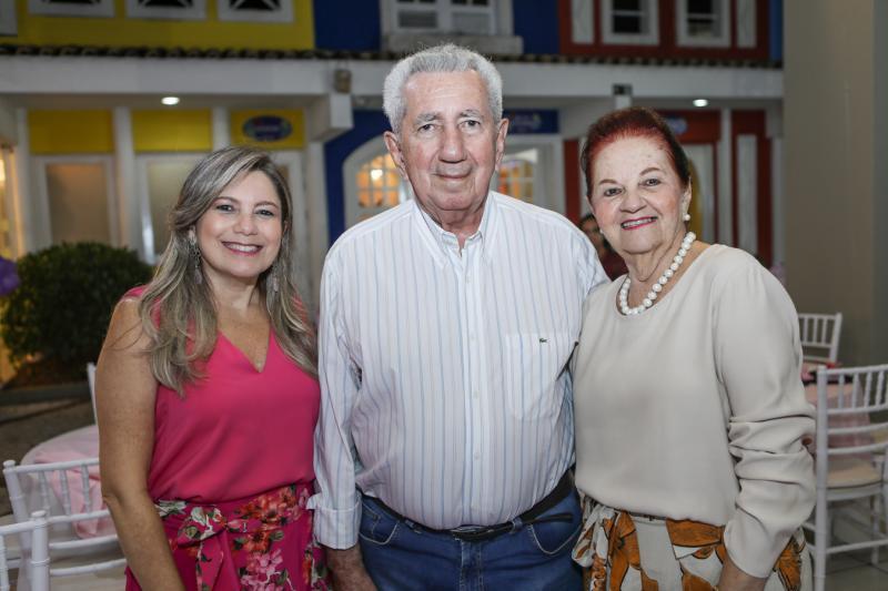 Rejane Santos, Edirado Santos e Regina Santos