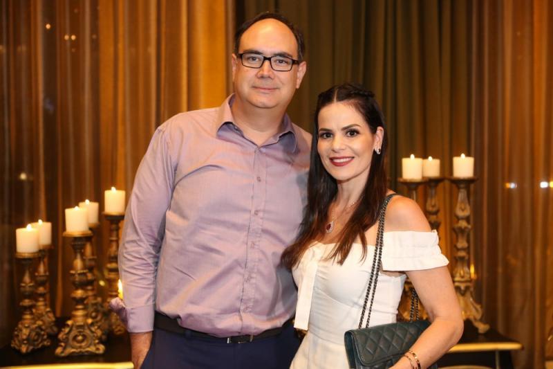 Adriano e Valeria Costa