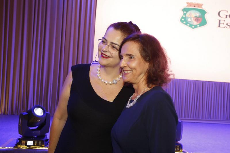 Luciana Dummar e Izolda Cela