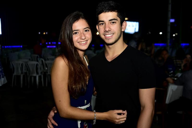 Leticia Rocha e Caio Sales
