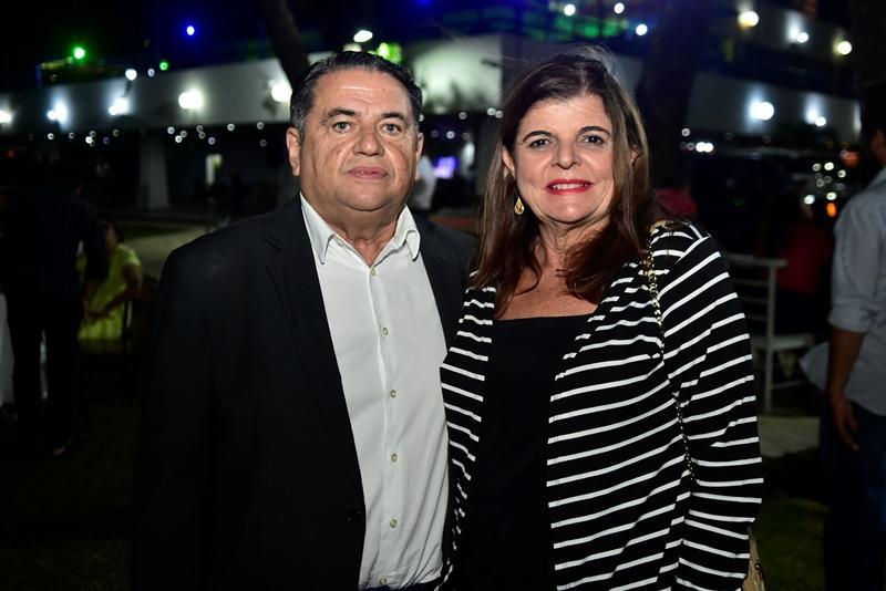 Helio e Simone Medeiros