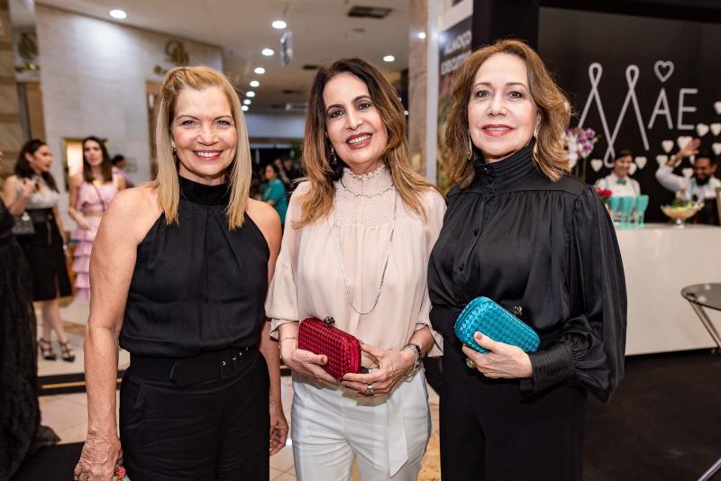 Ana Pinto, Ana Lucia Montenegro e Ana Alcantara