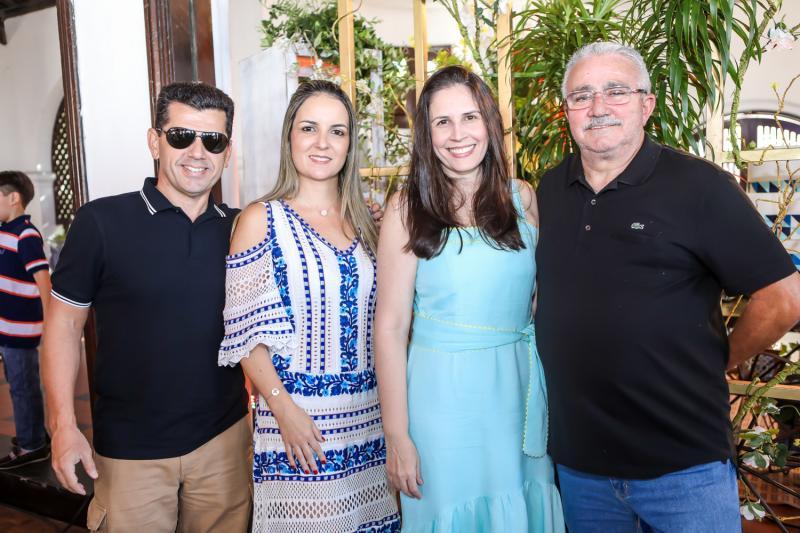Erick e Raquel Vasconcelos, Fabiola e Alcimor Rocha