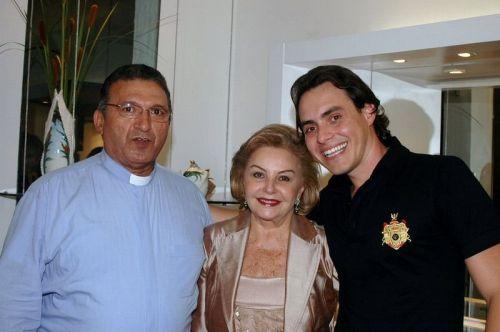 Pe. Clairton, Helena Cidrão e Francisco Campelo.