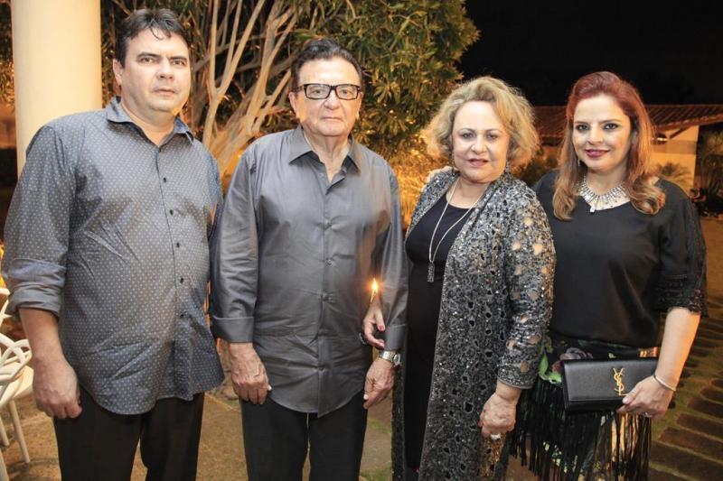 Domingos Alonso, Paulo Bezerra, Zeneide Bezerra e Raquel Alonso