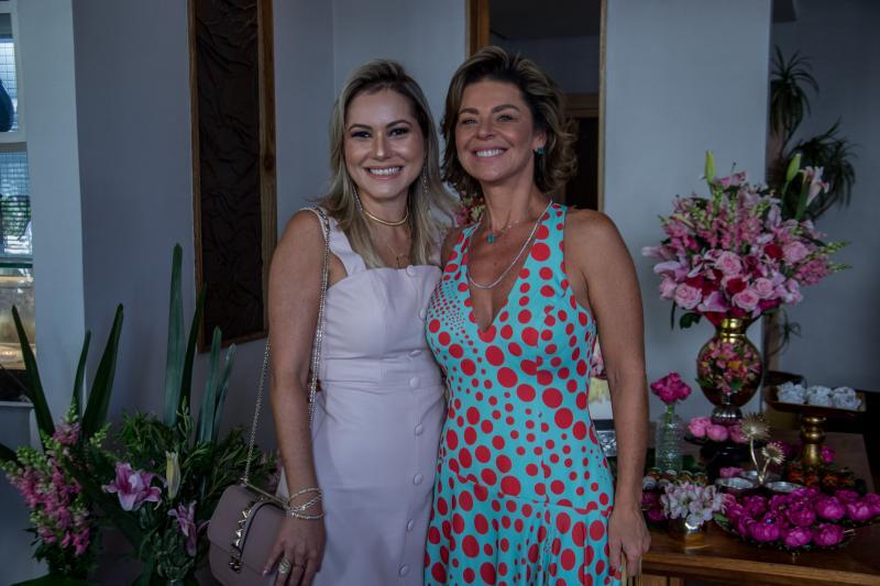 Talyzie Mihaliuc e Ana Cristina Wolf