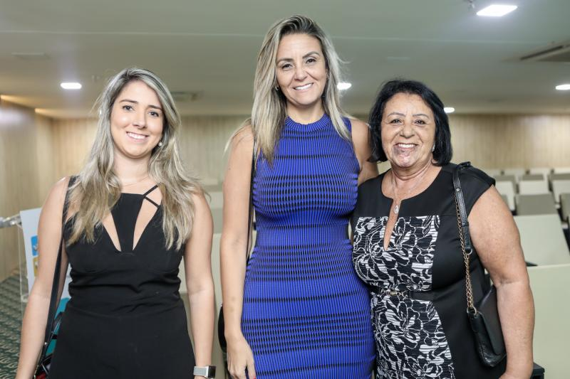 Sandrini Montalverne, Charmene e Claudete Parente