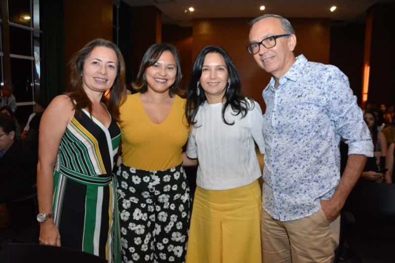 Francilene Lima, Ana Clara Passos, Aurineide Lemos e Sandro Caldas