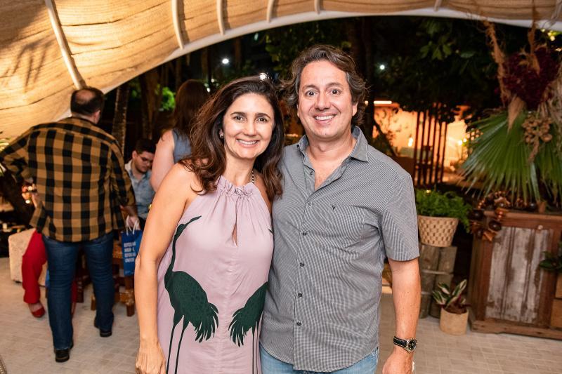 Luciana Cidrao e Rodrigo Parente