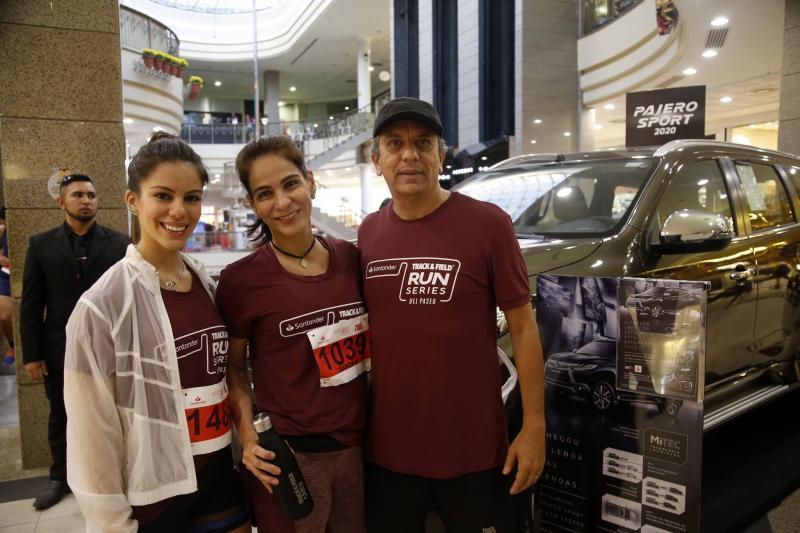 Manuela, Sandra e Eduardo Rolim