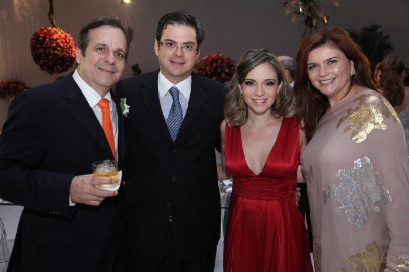 Mucio e Nana Bandeira com Roger e Janaina Gradvohl