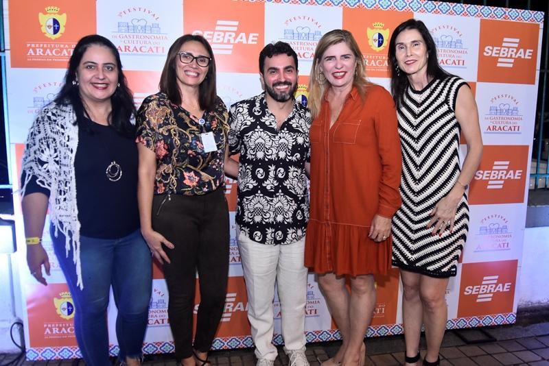 Indira Guimaraes, Ana Carla, Fernando Costa, Denise Menezes, Glaucia Maia