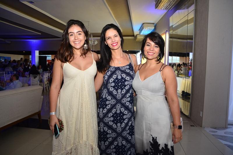 Gabriela Fernandes, Sabrina Lopes e Ilena Bessa