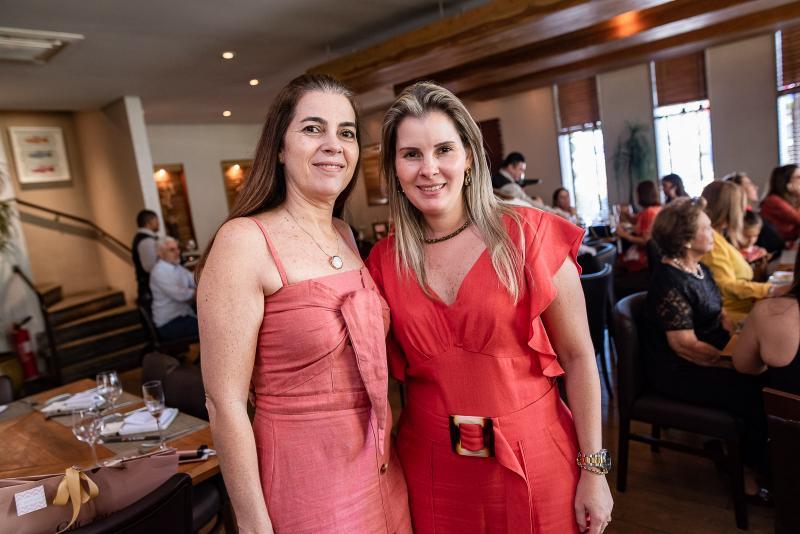 Isabela Brasil e Adriana Loureiro