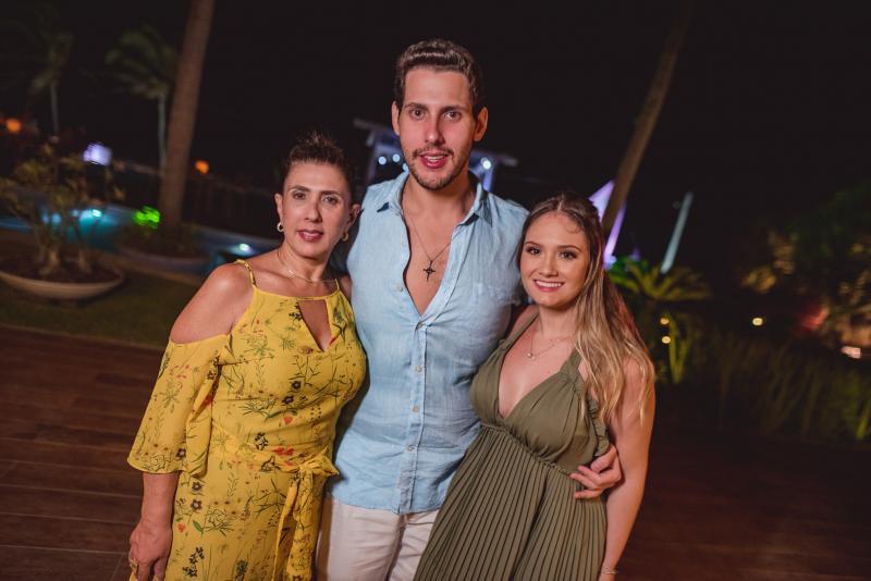 Regina Dias Branco, Gabriel Dias Branco e Leticia Teixeira