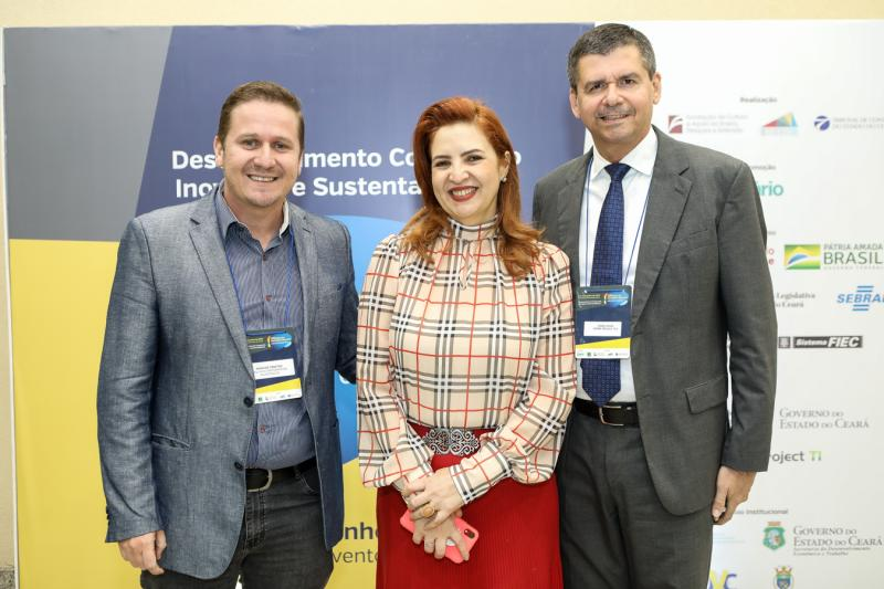 Marcos Freitas, Enide Camara e Juraci Muniz