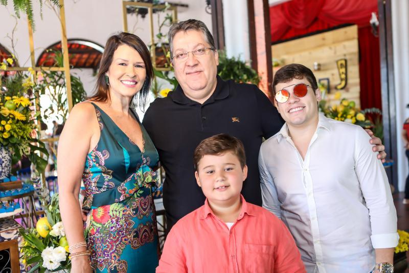 Paula Castro, Valdomiro Tavora, Valdomiro Neto e Assis Joca