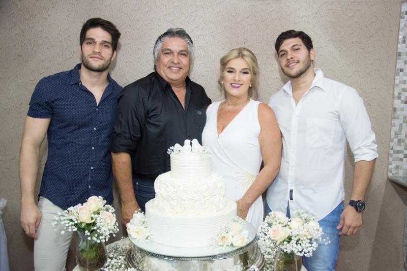 Lucas, LC, Adriana e Matheus Aguiar