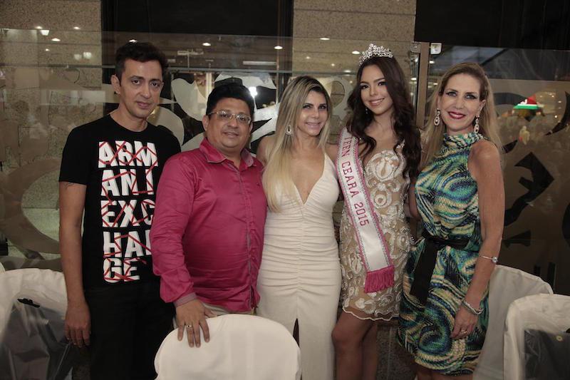 Ciro Alencar, Ronaldo Prado, Milza Alves, Luana Passos e Marjorie Marshall