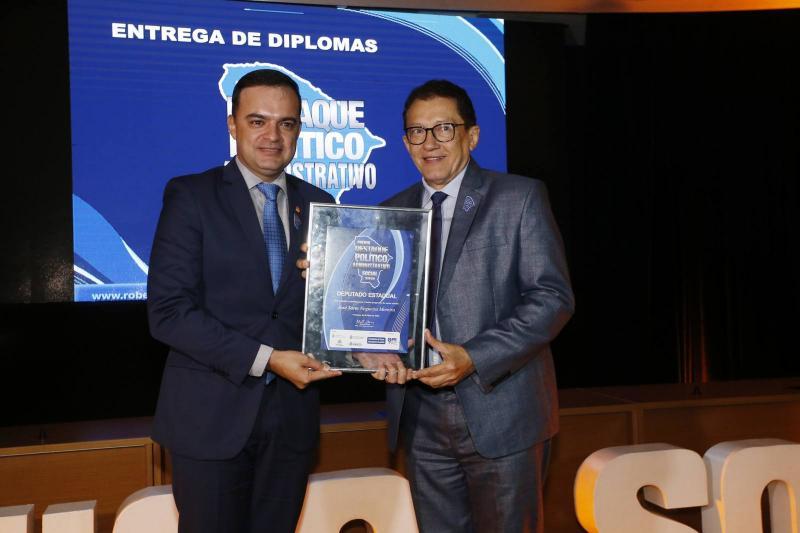 Fernando Santa a e Elpidio Nogueira