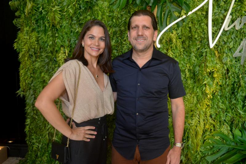 Manoela Pontes e Jonatas Costa