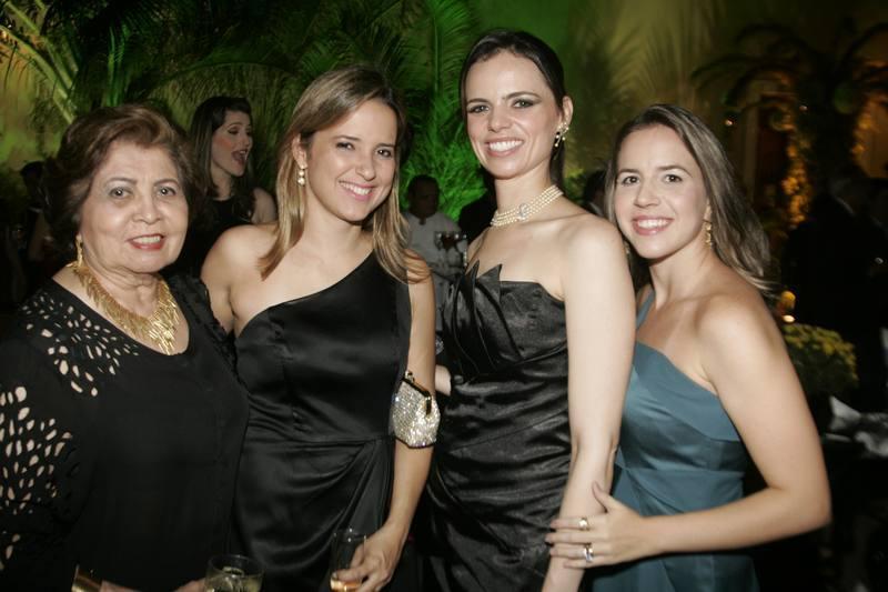 Edy Rolim, Viviane Rocha, Cristiane Gurgel e Isabella Barros