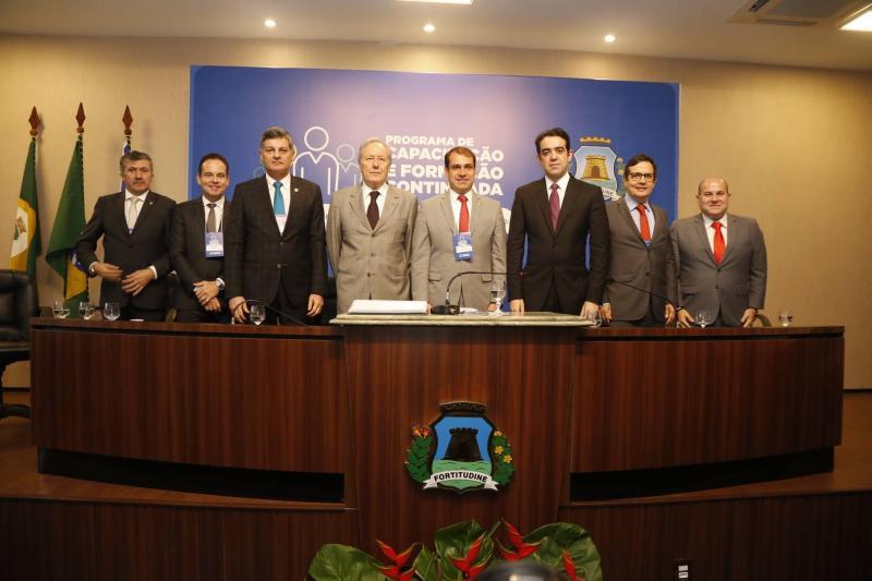 Antonio Henrique, Luiz Claudio, Cid Marconi, Ricardo Lewandowiski, Salmito Filho, Julio Dantas, Edilberto Pontes e Roberto Claudio 2