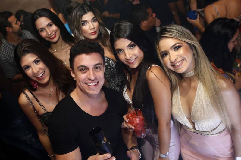 Yana Montenegro, Ariane Oliveira, DJ Flar, Ari Pontes, Luana Dafne e Carla Rocha