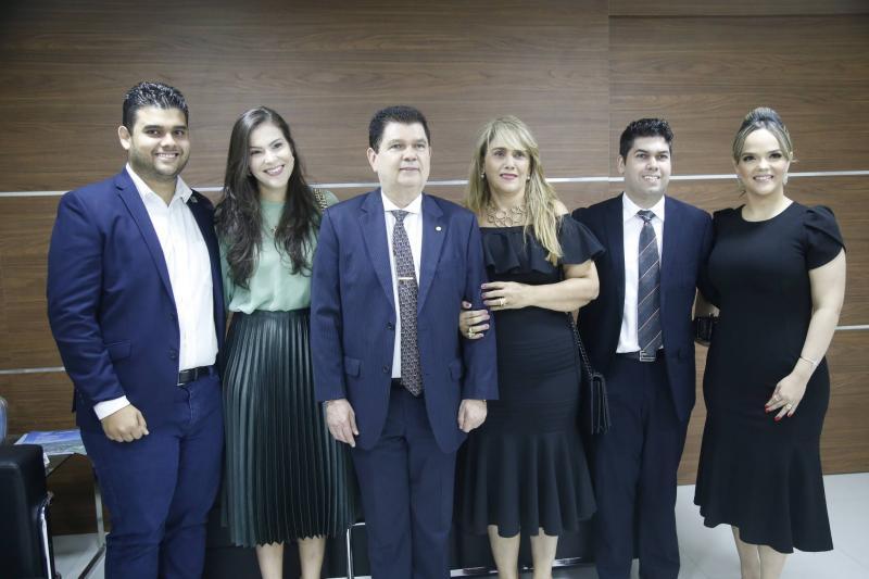 Davi, Gabriela, Mauro Filho, Mariza, Mauro Neto e Keliane Benevides