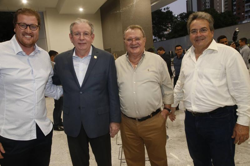 Savio Bandeira de Melo, Ricardo Cavalcante, Marco Bandeira de Melo e Walter Bardawill