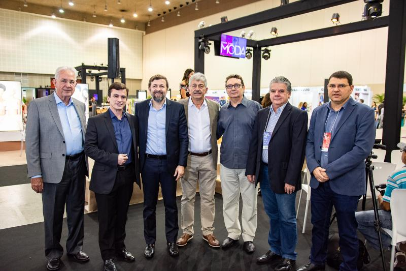 Carlos Prado, Rafael Cabral, Elcio Batista, Lelio Matias, Carlos Rubens, Chico Esteves e Sergio Lopes