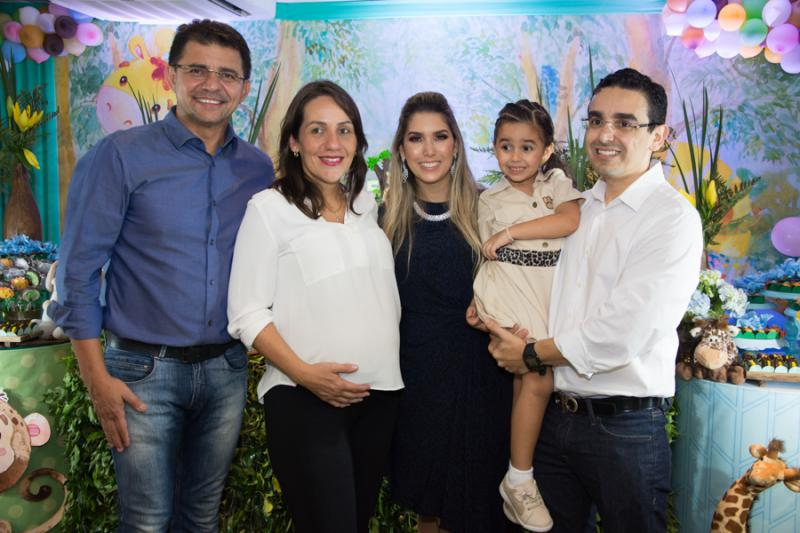 Juvencio e Brena Sales, Georgeanne, Maria Beatriz e Marcio Benevides