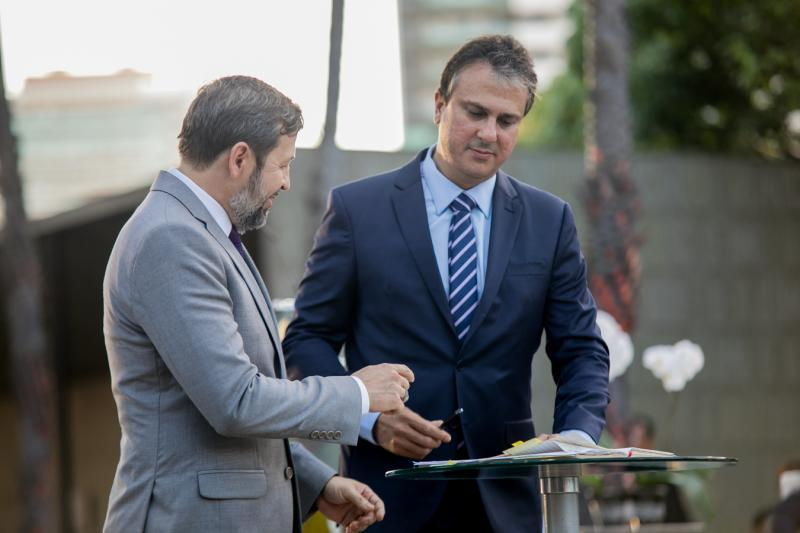 Elcio Batista e Camilo Santana