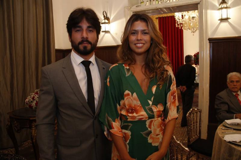 Antonio Guimaraes e Leticia Cunha