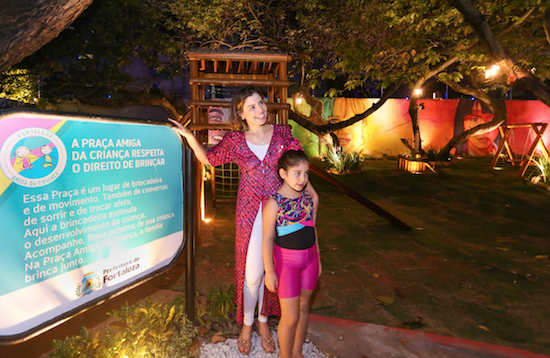 Carol Bezerra visita praça montada na Casacor Ceará 2018