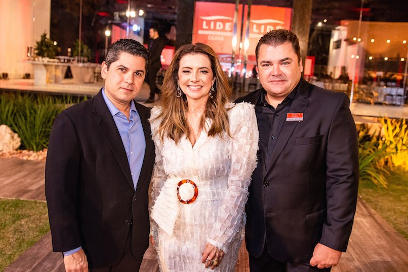 Emília Buarque celebra três anos do Lide Ceará com Golden Dinner no  La Maison Buffet