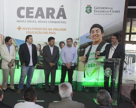 Camilo Santana obtém R$ 51 milhões para a educação