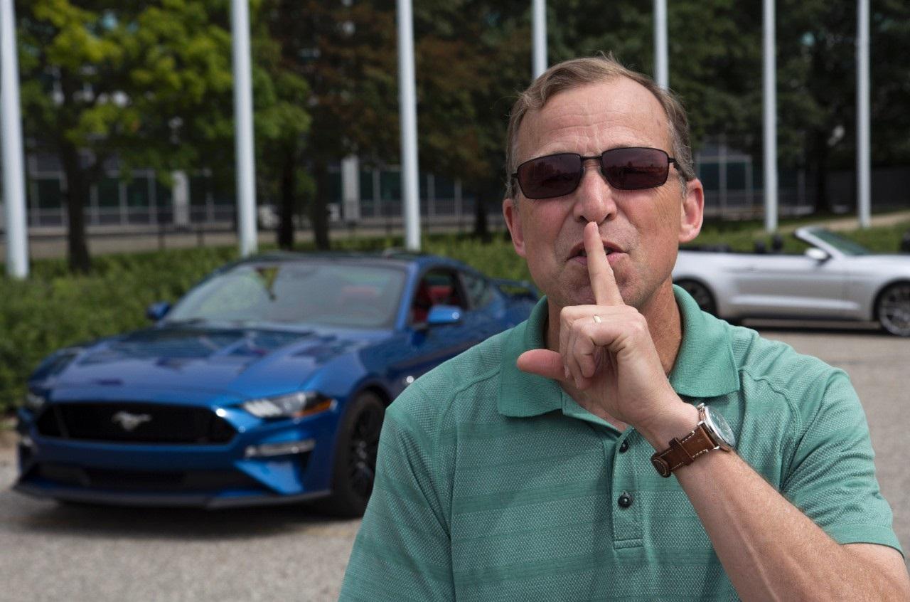 Ford Mustang GT terá modo bom vizinho para abafar o ronco