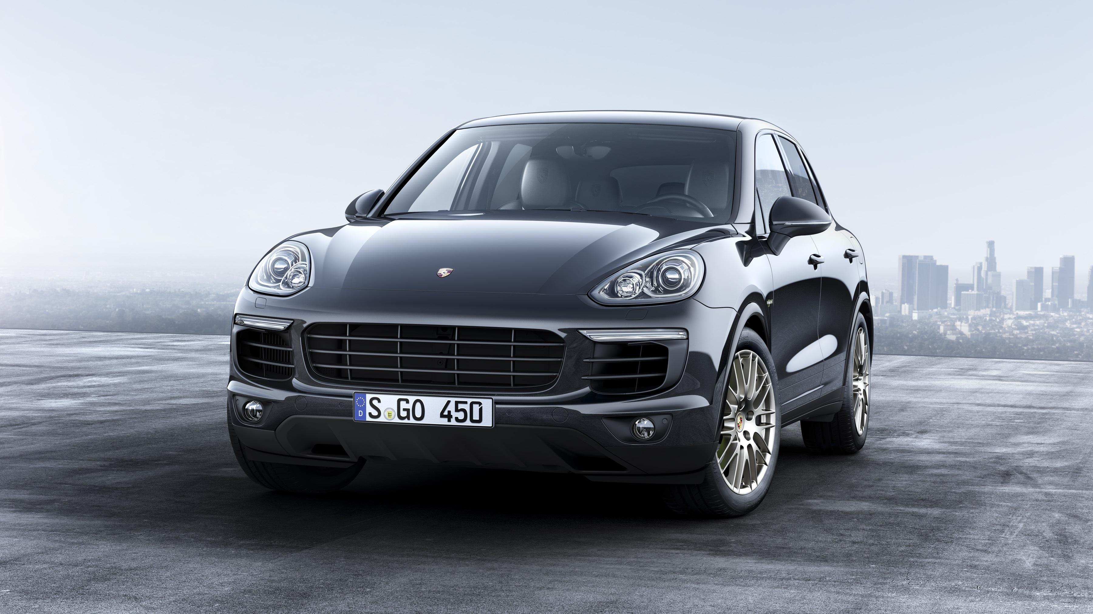 Porsche inicia vendas do Cayenne Platinum Edition
